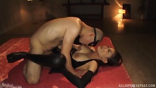 Gorgeous Japanese submissive lets Well-skilled do as he when one pleases