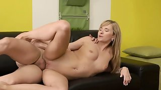 Creampie old mom and going to bed big padre Would you